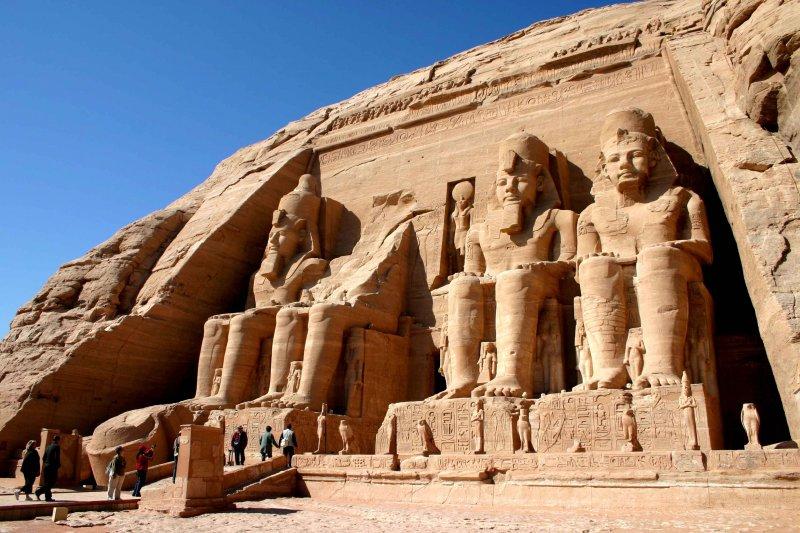 Авиасообщение междуРФ иЕгиптом может возобновиться весной